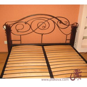 Kровать кованая