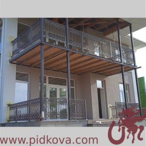 Ограждение террасы, балкона, летней площадки, густое