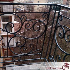 Кованое балконное ограждение.