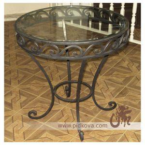 Kovaniy-stolik