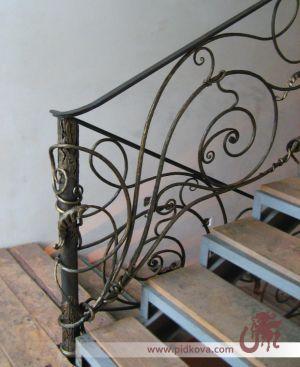 Художественные кованые перила для лестницы
