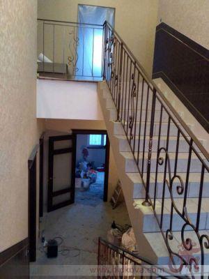 Ограждение лестницы из 10квадрата