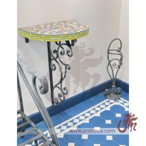 Консольный столик и зонтичница