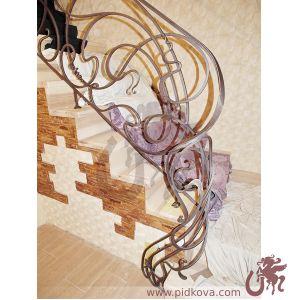 Старт кованой лестницы
