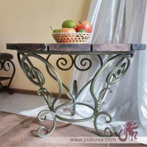 Круглый кованый столик