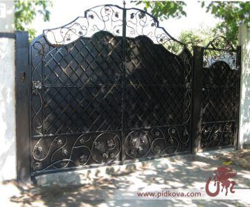 Кованые ворота Лоза глухие
