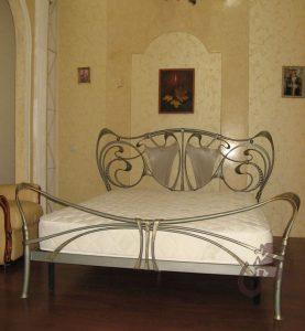 Кровать ручной ковки