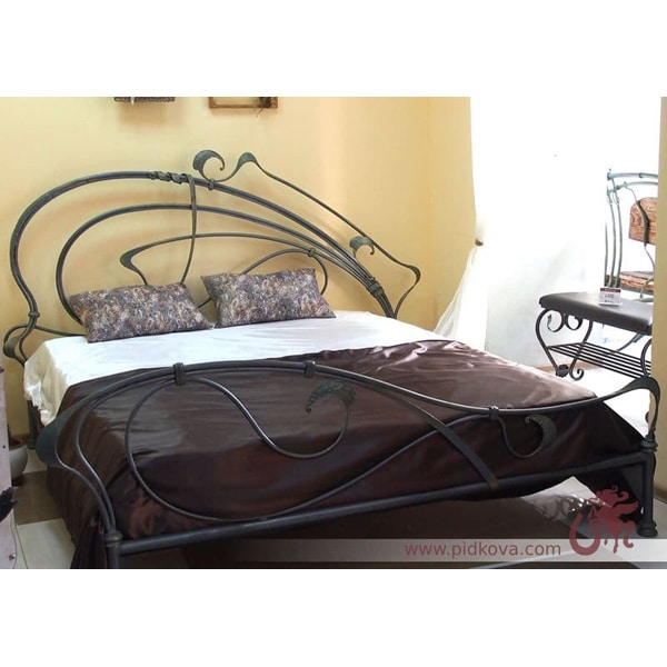 Ручная ковка. Кованая кровать, 1800мм