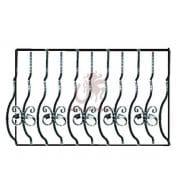 кованые выгнутые перила на балкон 41