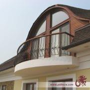 выгнутые перила на балкон ковка 41
