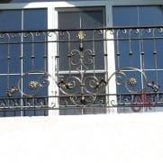 кованые перила на балкон в-139